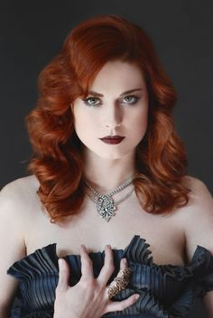 Alexandra Breckenridge is listed (or ranked) 51 on the list The Most Attractive Redheads Ever Alexandra Breckenridge, Natural Redhead, Beautiful Redhead, Beautiful People, Gorgeous Eyes, Beautiful Ladies, Sexy Poses, Head Band, Evan Rachel Wood