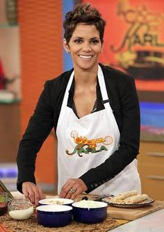 """Halle Berry appears on Univision's Despierta America to promote her film """"The Call"""" at Univision Headquarters, Feb. 27, 2013 in Miami, Florida. (Alexander Tamargo/Getty Images)"""