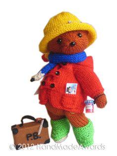 Ravelry: Paddington Bear pattern by Loly Fuertes Baby Knitting Patterns, Tea Cosy Knitting Pattern, Free Baby Blanket Patterns, Crochet Patterns, Head To Toe, Oso Paddington, Crochet Bear, Crochet Toys, Knitted Baby Blankets