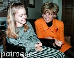 Diana ♥  Diana Princess of Wales meets Gemma Quinn during a visit to Liverpool to open the new women's hospital in 1995.