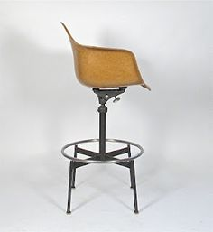 :: Charles Eames-1st generation drafting Arm Chair Herman Miller, 1960 ::