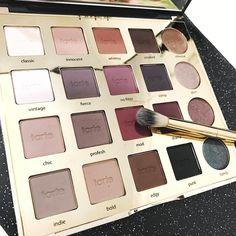 The brand new Tarte Tarteist Pro Eyeshadow Palette