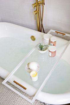 Merveilleux Lucite Bathtub Caddy DIY! | A Beautiful Mess | Bloglovinu0027
