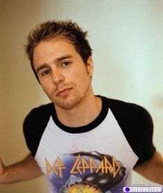 Sam Rockwell.  In my mind's eye, he plays the lead in every Chuck Pahluniak book I read.