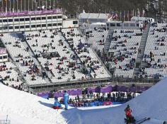 2014 Winter Olympics Spectators watch the women's snowboard slopestyle Tv Box, Snowboarding Women, Winter Olympics, Pilgrim, City Photo, Sports, Watch, Winter Olympic Games, Hs Sports