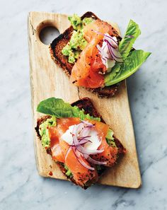 Ace the Finger Food Game with These Avocado & Smoked Salmon Tartinettes  #InStyle