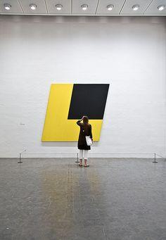 Yellow black by Ellsworth Kelly at Louisiana Museum of Modern art