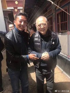 Jet Li the martial art hero at the age of 55 after years of struggling with Hyperthyroidism Jet Li, Two Daughters, Album, Hollywood Actor, Funny Photos, Poker, Laos, Martial Arts, Actors & Actresses