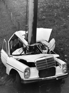 Mercedes crash