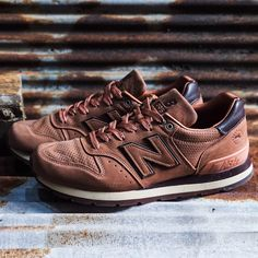 Danner x New Balance 995 Sneakers Street Style, Sneakers Fashion, Fashion Shoes, Mens Fashion, New Balance Trainers, New Balance Shoes, Snicker Shoes, Cross Shoes, Men's Shoes