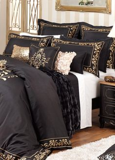 Private Collection - Charisma Black Quilt Cover - Kingbed