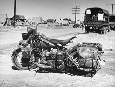 americabymotorcycle:  US Military Motorcycles of WWII.  Harley-Davidson WLA.