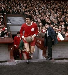 birth of the all red strip Ynwa Liverpool, Liverpool Football Club, Football Images, Football Pictures, Bristol Rovers, You'll Never Walk Alone, Vintage Football, One Team, 1960s