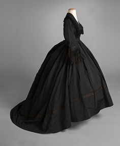 Dinner or evening dress, mid-1860s. From the Shippensburg University Fashion Archives and Museum on Facebook.