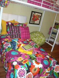 A Blog About All Things Vera Bradley Dorm Room Preview For
