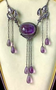 Art Nouveau Necklace 1910