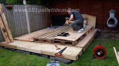 Tiny Pallet House or Cabin: DIY Tutorial   101 Pallet Ideas