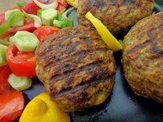 Mπιφτέκια!! Η καλύτερη συνταγή δική μου, για αφράτα  ζουμερά !!! ~ ΜΑΓΕΙΡΙΚΗ ΚΑΙ ΣΥΝΤΑΓΕΣ Cookbook Recipes, Cooking Recipes, Kids Meals, Baked Potato, Sausage, Salads, Food And Drink, Beef, Baking