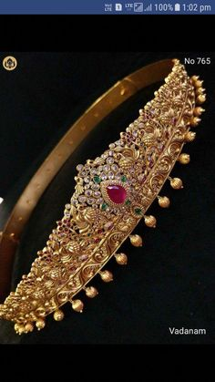 Gold Jewelry For Brides Key: 2789806903 Gold Chain Design, Gold Jewellery Design, Gold Jewelry, Handmade Jewellery, Gold Necklace, Jewellery Earrings, Choker Necklaces, Diamond Necklaces, Temple Jewellery