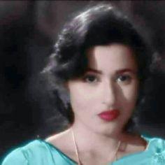 Bollywood Photos, Bollywood Actors, Bollywood Celebrities, Indian Bollywood, Beautiful Bollywood Actress, Most Beautiful Indian Actress, Beautiful Actresses, Beautiful Girl Wallpaper, Heart Wallpaper