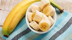 The Dr. Oz Show  Ingredients  1 banana  1 pot of water  dash of cinnamon  Directions  1. Boil banana - peel included - in a pot of water for 10 minutes.      2. Add a dash of cinnamon if you'd like. Enjoy!