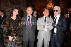 Valentino Garavani (ヴァレンティノ)氏が2008年1月、ついに引退されましたね。 見た目は精力まだまだありそうですが、とっても名誉ある引退だと思います。  で、そのフィナーレパーティーにて、左はソニア・リキエルの娘さんで、現在のソニアリキエルの取締のナタリー・リキエル。 そしてその隣は、パリ市長で、ヴァレンティノ氏とカール・ラガーフェルド(Karl Lagerfeld)氏。