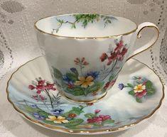 AYNSLEY Fine Bone China Tea Cup & Saucer. 1950.