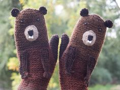 Groundhog Mittens / Gloves  by Pomber