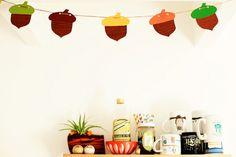 DIY festive acorn garland | The Baking Bird