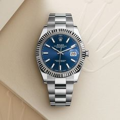 The Rolex Datejust 41 in Oystersteel and white gold, 41 mm case, Blue dial, Oyster bracelet. The classic watch of reference. Rolex Watches For Men, Vintage Watches For Men, Seiko Watches, Sport Watches, Luxury Watches, Rolex Gmt, Rolex Datejust Ii, Stylish Watches, Cool Watches