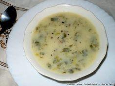 Μια σούπα για το βράδυ | SheBlogs.eu Cheeseburger Chowder, Cooking Recipes, Chowders, Soups, Holidays, Holidays Events, Chef Recipes, Holiday, Soup