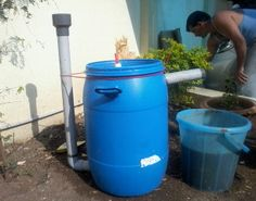 Hi there, I am Sahas chitlange, aging 14, from India. here is my homemade cheap and easy to build mini Biogas plant. It burns for approx. 20-30 mins o...