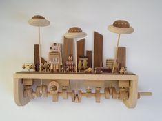 Small Wood Projects, Woodworking Projects For Kids, Woodworking Toys, Popular Woodworking, Wooden Art, Wooden Boxes, Kinetic Toys, Carving Board, Wood Working For Beginners