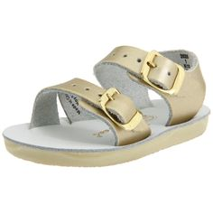 Gold Hoy Salt Water Sandals are so cute with sundresses