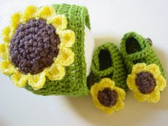 Baby girl gift, Newborn Gift set, Baby hat, Baby shoes, Sunflower, mary janes, crochet set, 0-3 Months, newborn girl by LouLouLoopy on Etsy Newborn Baby Girl Gifts, Baby Girl Hats, Girl With Hat, Little Baby Girl, New Baby Girls, Little Babies, Baby Gift Sets, New Baby Products, Etsy Seller