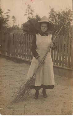 A working witch wears sensible clothing.