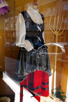 Caseras Patterns, Fashion, Facts, Traditional, Homemade, Fabrics, Outfits, Dressmaking, Clothing