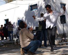 Ostersonntag mit Musik und Tanz, Speis und Trank im Dorf Marpissa auf der Kykladeninsel Paros