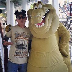 #RiverRats #DisneylandStyle  #Louis #MarkTwainRiverboat #RiversOfAmerica #Frontierland#ThePrincessAndTheFrog #Disneyland  #HappiestPlaceOnEarth #Disneyland60 #Wonderland #Neverland #DisneylandResort #DisneyParks #DisneyAP #Disney #DLR  #DiamondCelebration by roby_999_