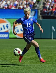 Megan Rapinoe vs. New Zealand, April 4, 2015, at Busch Stadium in St. Louis. (Jeff Curry/USA Today Sports)