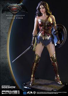 Galaxy Fantasy: Sideshow lanza una figura de Wonder Woman de media escala increiblemente detallada