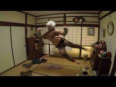 「なんてこったなんてこったなんてこった…」「時間よ戻れ…ハアッ!」と嘆きながら…おばあちゃんがアクロバティックに後悔する動画が公開!一体おばあちゃんに何が!?スペシャルムービー「【衝撃】おばあちゃんの激しすぎる後悔/Japanese Grandmother's Amazing Regret」」 – おもしろ・おどろき・気になるニュース