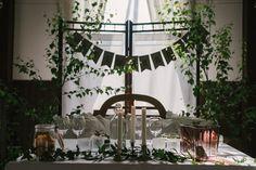 Glamorous Wedding, Elegant Wedding, Wedding Table Settings, Thrift, Glamour, Table Decorations, Vintage, Home Decor, Dekoration