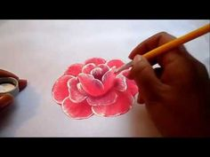 Pintura textil como pintar fácil una rosa, how to paint a rose easily Acrylic Painting Techniques, Painting Videos, Painting Tips, Fabric Painting, Fabric Paint Designs, Painting Courses, One Stroke Painting, Stencil Patterns, Bottle Painting