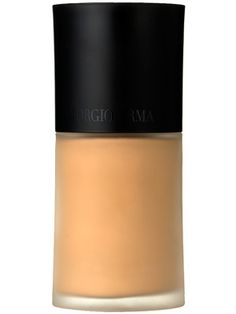 Giorgio Armani Luminous Silk Foundation My absolute favorite all time skin finish. Makes every skin look flawless without actually seeing makeup. Contour Makeup, Makeup Dupes, Makeup Cosmetics, Armani Luminous Silk Foundation Review, Love Makeup, Beauty Makeup, Foundation For Sensitive Skin, Makeup Foundation, Giorgio Armani Cosmetics