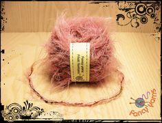 Pelo rosa + bouclè stampato, 50 grammi di Fancy yarns su DaWanda.com
