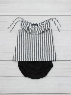 striped baby set, baby girl set, baby girl gift, baby bloomers, linen set, black linen, gift set baby girl, newbors set, linen bloomers by MstyleClothing on Etsy https://www.etsy.com/listing/546254425/striped-baby-set-baby-girl-set-baby-girl