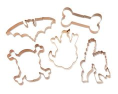 Halloween Copper Cookie Cutter #williamssonoma  i love the skull cookie cutter :)