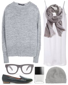 And Hello Friday! It is getting very chilly out. And it's definitely time for sweaters, scarves and cozy...