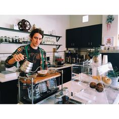 P Ø Ū R  Ø V Ē R  Jake at again with his new nifty creation! The man behind the pour over bar!  #FABLECOFFEE http://ift.tt/1U25kLY